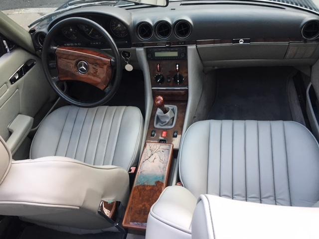 300 SL W107 CABRIOLET