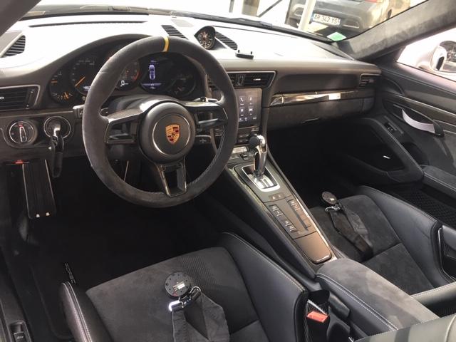 PORSCHE 991 II GT3 RS Pack Weissach